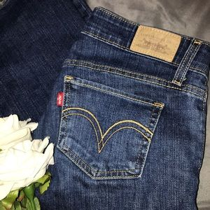 Levi's low rise bootcut jeans